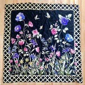 🌸 VINTAGE 80s Carlisle Silk Floral Scarf